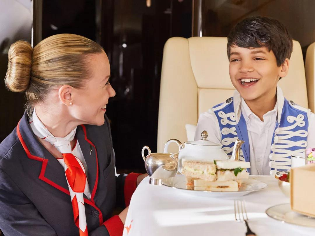 儿童乘私人飞机3- 维思达公务机