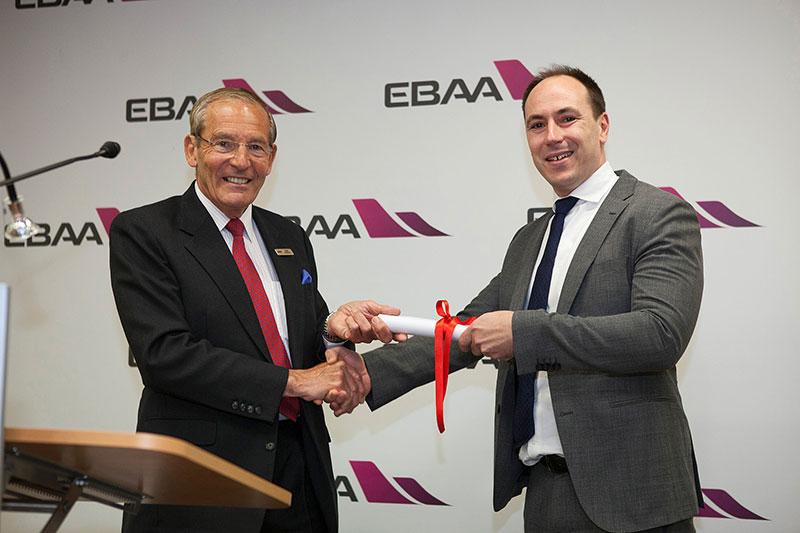 维思达公务机 (VISTAJET) 荣获欧洲公务航空协会 (EBAA) 颁发的首个飞行安全钻石奖