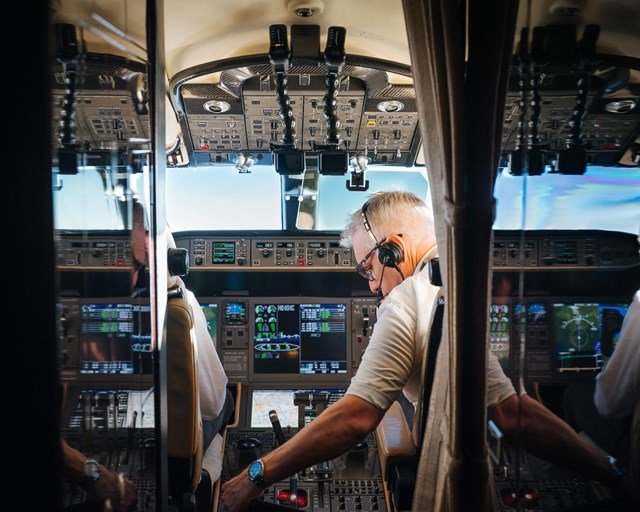 飞行员和机组人员经验