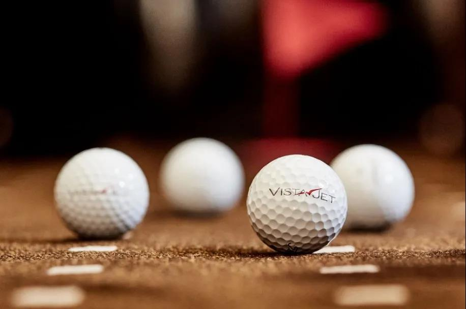 菲尔·迈克尔森(Phil Mickelson)与维思达公务机的高尔夫球之旅