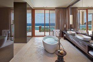canouan-accommodation-patio-villa-en-suite-bathroom-3cxjtpcno57b28ym34k3r4.jpg