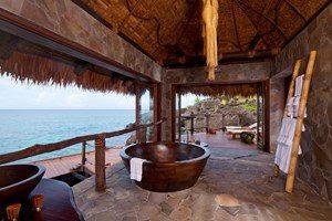 overwater-villa-bathroom-1-3cz9n9qjwcnr43ndd6p88w.jpg