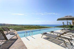 rocco-forte-private-villas-verdura-resort-villa-11-02-0532_c-jg-sep-20-3cz9n9qjwcnr43ndd6p88w.jpg